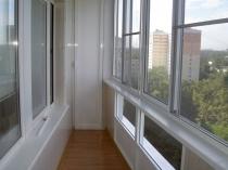 razdvizhnyie-okna-na-balkon