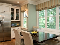 Rebecca-Driggs_Family-Kitchen_Table.jpg.rend_.hgtvcom.1280.853
