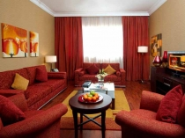 red-color-for-living-room