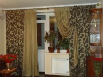 shtory_v_zal_s_balkonom_4_0