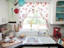 modern-kitchen-window-curtains-with-adorable-floral-prints-in-bright-red-with-elegant-print-to-make-your-kitchen-space-even-more-fantastic