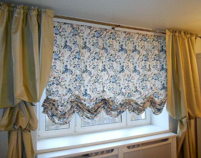 Выбирая оформление окна в кухне следует руководствоваться не только практической стороной вопроса, но и эстетикой