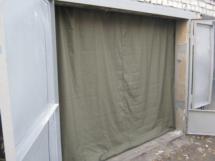Брезентовые шторы помогут сохранить тепло
