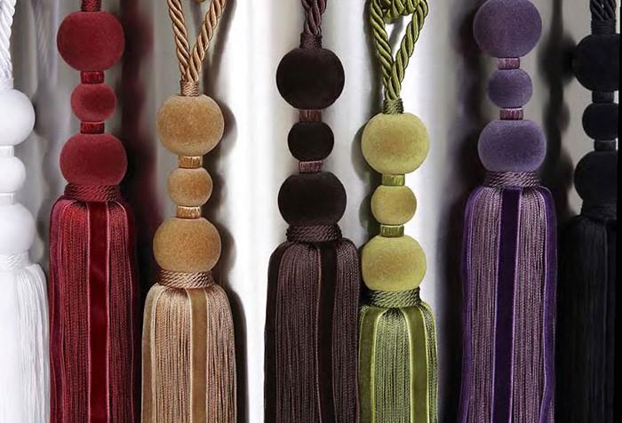 Кисти отличаются материалами, цветами и фактурами