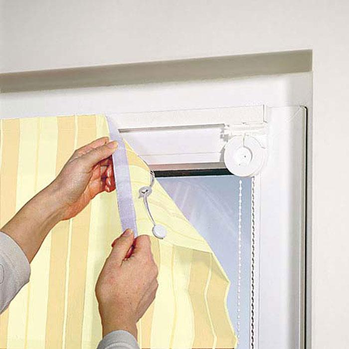 Чтобы прикрепить шторы, Вам не понадобится специалист. Это легко можно сделать своими руками