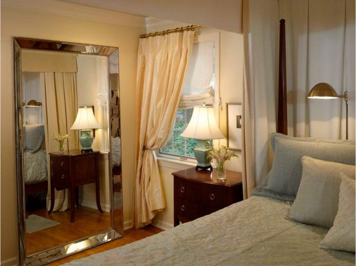 Шелковая занавесь с эффектом помятости – идея для спальни