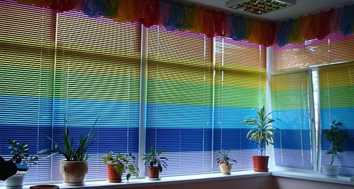 Ламели могут окрашиваться во все цвета радуги, обеспечивая хорошее настроение